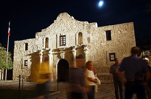 Night at the San Antonio Alamo