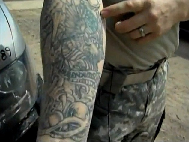 Us army adopting stricter policy on tattooed soldiers for Army officer tattoo policy